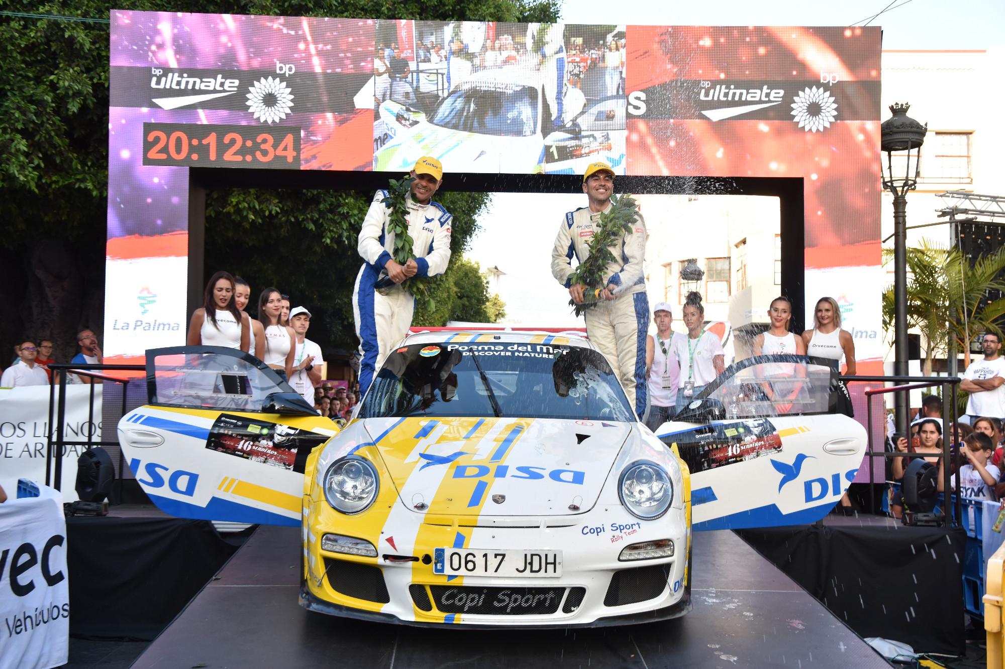 📢 Meritoria segunda posición de Enrique Cruz y Yeray Mújica en el 🏁 Rallye Senderos.