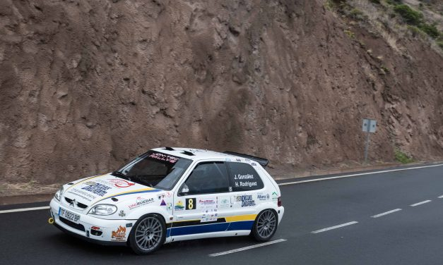 📢 Julián González y Héctor Rodríguez, con Citroën Saxo, se imponen en el 🏁II Rallysprint de La Gomera