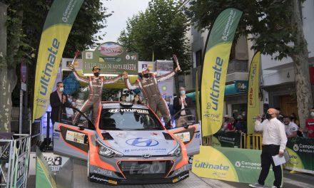 Yeray Lemes y Rogelio Peñate logran su primer triunfo en el Rallye Villa de Santa  Brígida