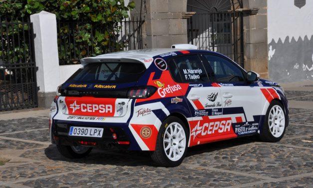 Manu Naranjo estrena nuevo look en su Peugeot 208 Rally4